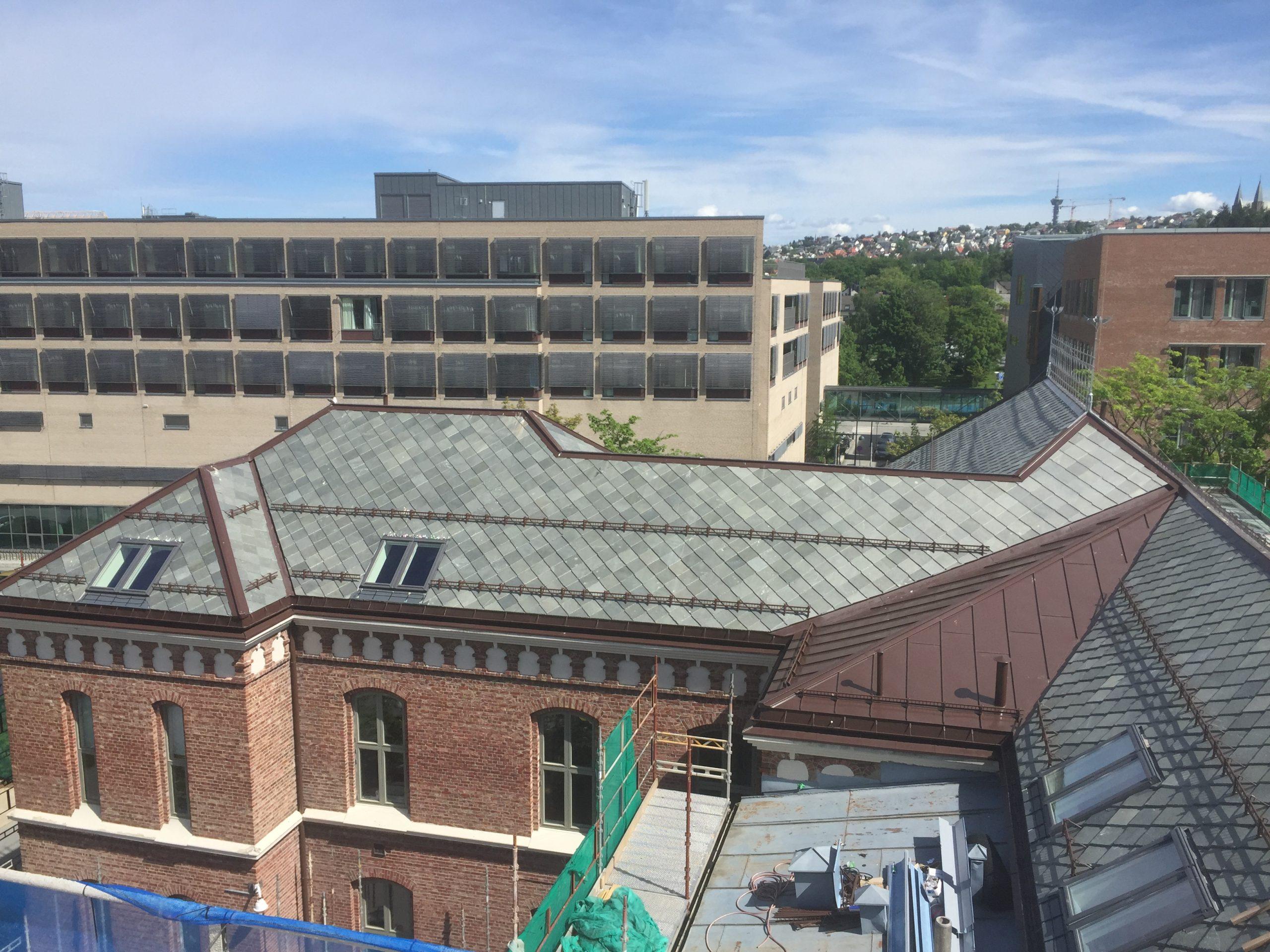 1902-bygget rehabilitering av tak